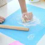 Силиконовый антипригарный коврик для выпечки и раскатки теста